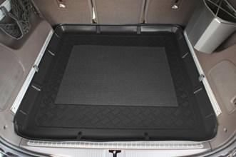 premium fu raumschalen f r opel zafira tourer c auto. Black Bedroom Furniture Sets. Home Design Ideas